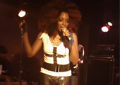 Sy Smith and The Foreign Exchange perform Prince's Crazy You live in Paris